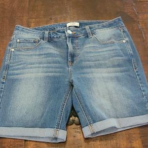 Kenzie jean shorts size 8